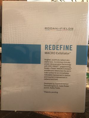Rodan & Fields NEW REDEFINE MACRO Exfoliator for Sale in Orange, CA