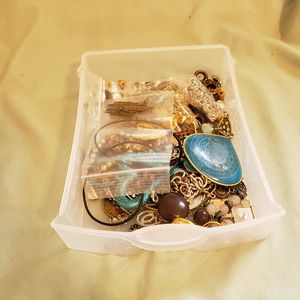 lots of jewelry making stuff. tools, storage bins full of fixings asking 500 or best offer for Sale in Cameron, MO