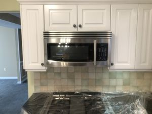 LG Microwave Lvm1650st for Sale in Lakewood Township, NJ