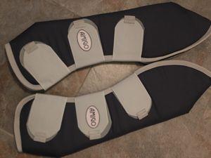 Amigo hind leg shipping boots for Sale in Sun City, AZ