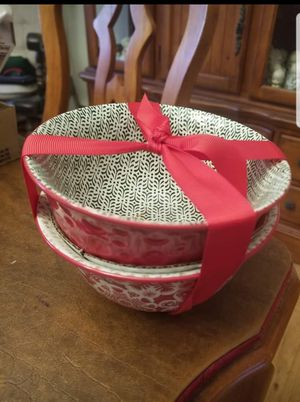 Brand New Hallmark Keepsake Holiday Bowl Set for Sale in Norwalk, CT