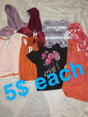 GIRL CLOTHING BUNDLE DKNY for Sale in Chicago, IL