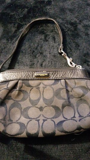 Coach lil bag for Sale in Whittier, CA