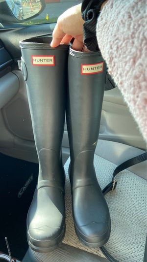 Used Hunter rain boots US Size 9 for Sale in Arlington, TX