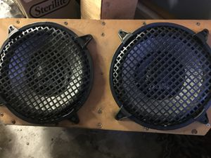 "2-10"" Polk audio speakers with box $125 for Sale in Hughson, CA"