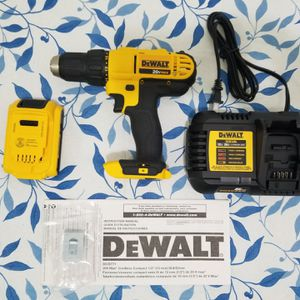 """Dewalt 20-Volt Max 1/2"""" Drill Driver (W/ DCB1106 Charger & 2.0 Battery) for Sale in The Bronx, NY"""