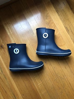 New! Croc's women's rain boots - size 4 for Sale in Wake Forest, NC