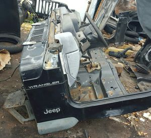 JEEP WRANGLER TJ 96-06 PARTS PARTES LOOKING DESCRIPTION INSIDE PARTS AVAILABLE AND SOLD VENDIDAS for Sale in Miami Beach, FL