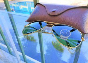 Brand New Authentic Aviator Sunglasses for Sale in Miami, FL