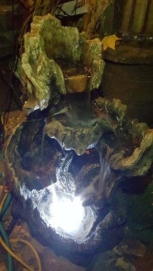 Tree trunk style water fountain for Sale in Bell Gardens, CA