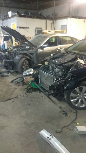 Infiniti M35x parts for Sale in Baltimore, MD