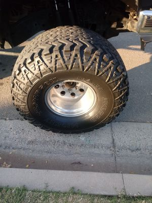 Mickey Thompson tires and rims for trade for Sale in Fresno, CA