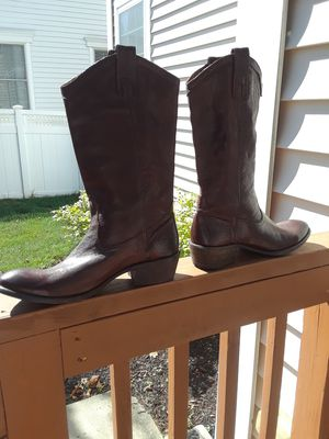 Nearly new Frye Carson pull on brown western ladies boot sz 10 for Sale in Trenton, NJ