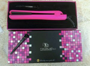 Royale travel hair straightener for Sale in Plant City, FL