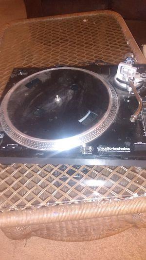 Audio-technica dj turntable lp for Sale in Stockton, CA