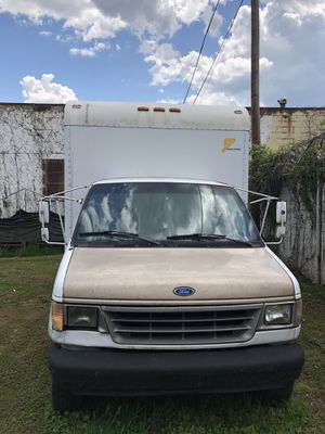 1992 FORD BOX TRUCK for Sale in Wheeling, WV