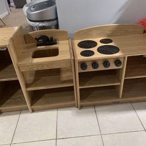 Kids Little Kitchen Set for Sale in Lawrence, MA