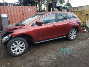 Mazda cx7 for part out for Sale in Opa-locka, FL