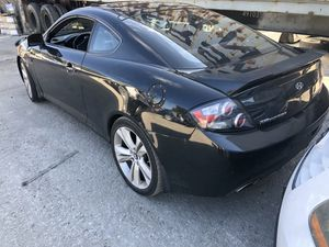 Hyundai tiburon 2005 FOR PARTS! for Sale in Riverview, FL