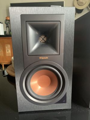 Klipsch R-15PM Bluetooth Active Speakers Phono Input for Sale in Pico Rivera, CA