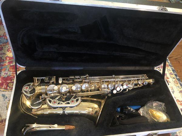 Selmer Alto Saxophone - used