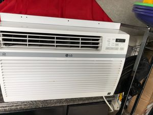 10k btu LG WiFi capable wall air conditioning unit for Sale in Beaumont, CA