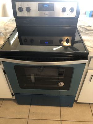 Electric Whirlpool Stove Brand New for Sale in Orlando, FL