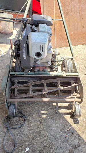 Honda lawn mower for Sale in Fresno, CA