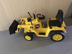 Cat caterpillar front loader digger children's child's ride in toy tractor for Sale in Raleigh, NC