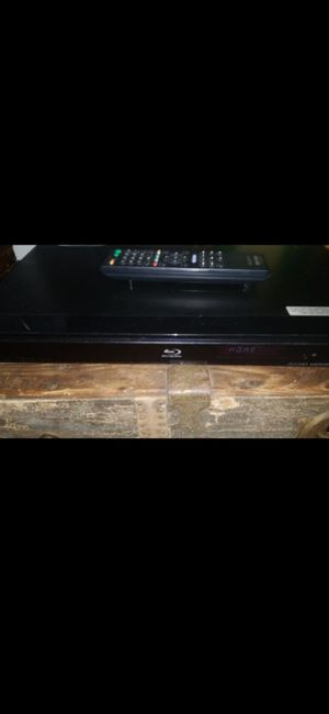 (WORKS ) SONY BLUE RAY PLAYER W REMOTE (BDP-360) for Sale in Delray Beach, FL