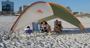 Kellty sun shade for Sale in Virginia Beach, VA