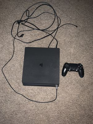 Ps4 Slim With controller and COD WW2 (Like New) for Sale in Fontana, CA