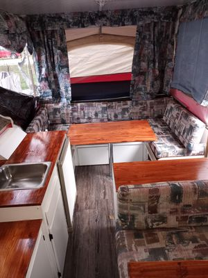 Pop up camper for Sale in VLG OF LAKEWD, IL