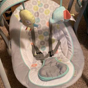 Baby Swing for Sale in Wichita, KS