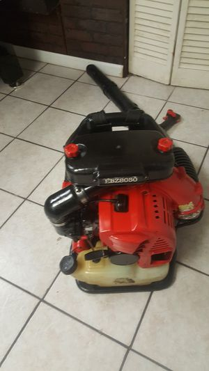 Redmax bcz8050 blower for Sale in Bellwood, IL
