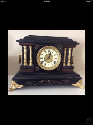 Working Antique Welch Espresso & Brass Mantel Clock w/ Original Key for Sale in Chicago, IL