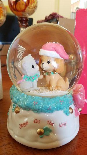 Precious Moments Puppy & Kitten Musical Waterglobe for Sale in Phoenix, AZ