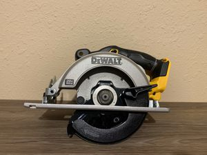 NEW 20V CIRCULAR SAW 61/2 (TOOL ONLY) NO BATERIA NO CARGADOR for Sale in Dallas, TX
