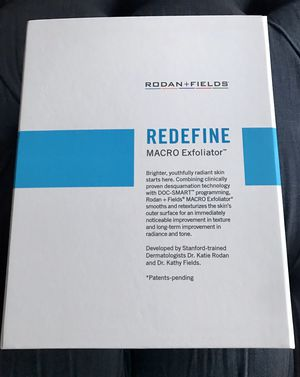 RODAN + FIELDS REDEFINE MACRO Exfoliator (New, Never Used) for Sale in Park Ridge, IL