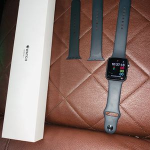 Apple Watch Series 3 for Sale in Bridgeport, CT