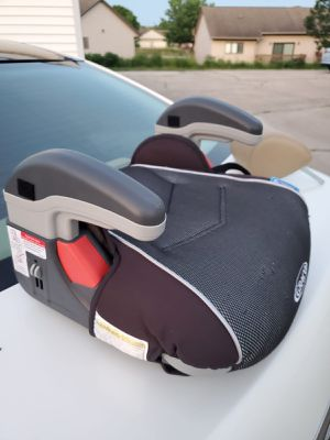 Car seat for Sale in DeKalb, IL