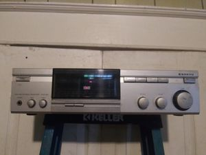 Stereo Receiver (Sanyo Dcr 150) $65 for Sale in St. Louis, MO