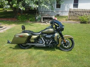 Harley Davidson front touring fender for Sale in Inkster, MI