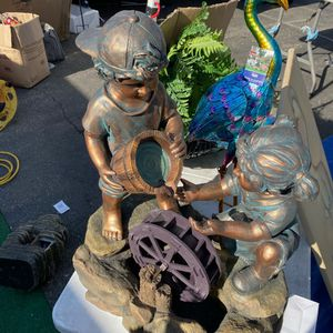 Kids Fountain for Sale in Bell Gardens, CA