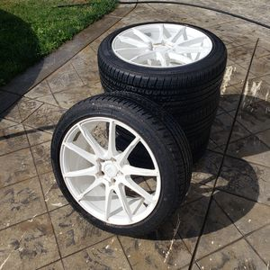 20 inch Di Forza Rims with 20 inch Firehawk GT Wheels for Sale in Gonzales, CA
