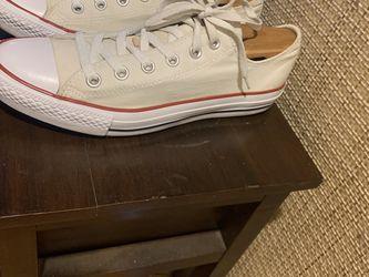 Unisex Converse All Stars Men Size 8 Wms Size 10 for Sale in Des Plaines,  IL
