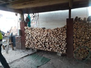 Pecan wood fresh cut ready for smokin for Sale in NC, US