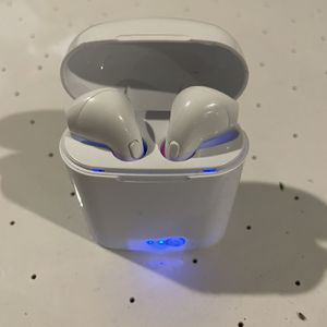 Extreme Sound Aero Bluetooth Buds for Sale in Middletown, OH