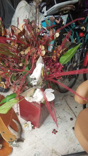 Flower arrangement for Sale in Mulberry, FL