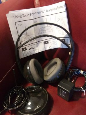 Philips wireless headphones for Sale in Cleveland, OH